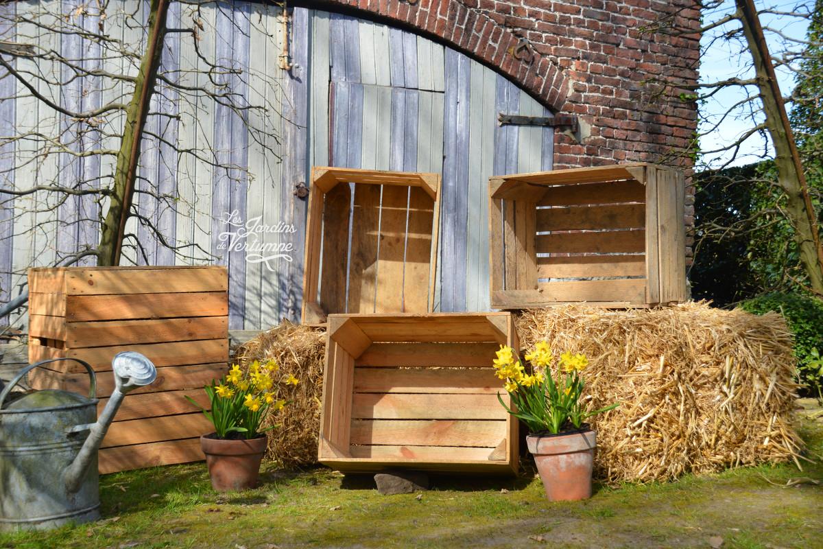 Caisse De Pomme Vide pierre lhoas - les jardins de vertumne - caisses à pommes neuves